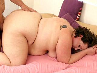 Watch Making Kira Ride (BBW Hunter) XXX Porn Tube Videos Gifs And Free HD Sex Movies Photos Online
