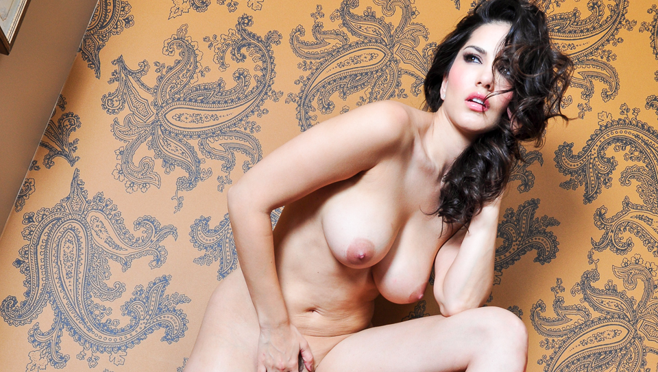 Watch Red Lamp (Sunny Leone) XXX Porn Tube Videos Gifs And Free HD Sex Movies Photos Online
